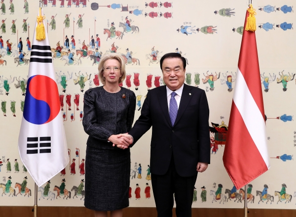 [Jan 13] Speaker of the National Assembly of Republic of Korea meets with Saeima Speaker